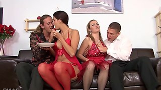 Beautiful babes get slutty in a foursome with anal fucking